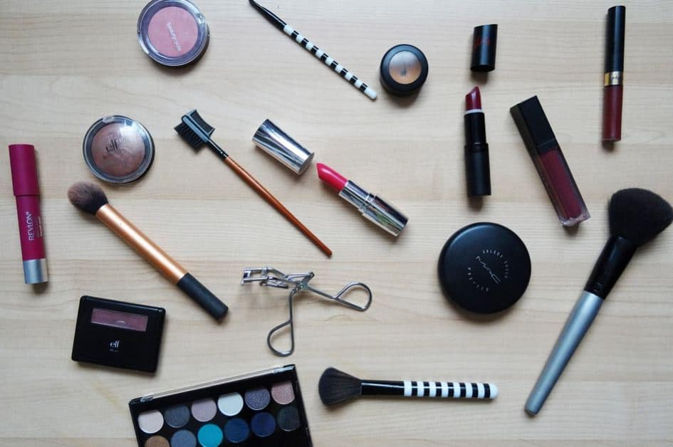 makeup school near me