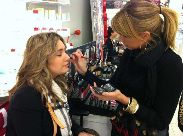 Melbourne Makeup School Enroll Into