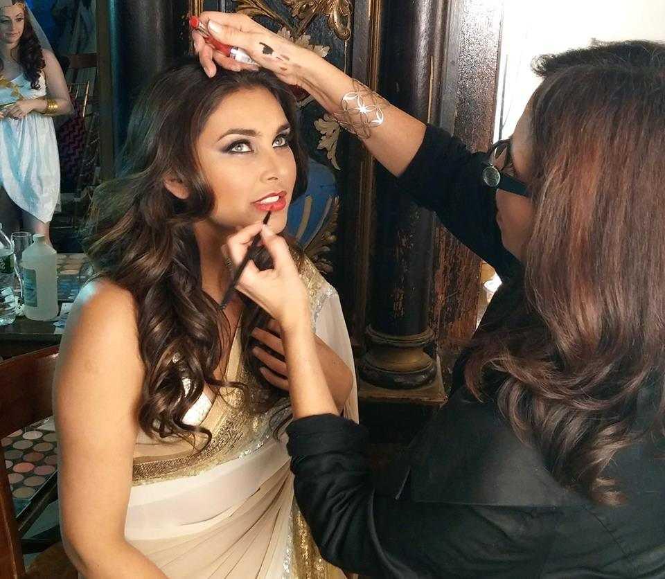 Mumbai Makeup School - Enroll Into Our Makeup Courses